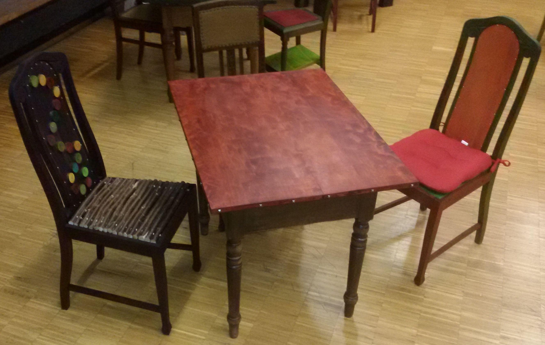 Tisch No.4