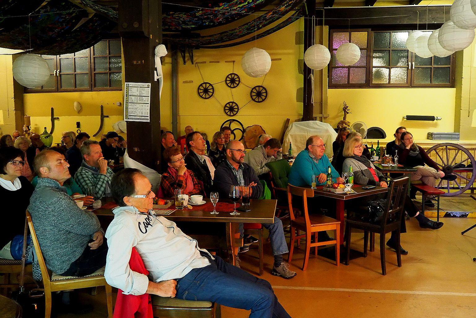 (D) WALHEIM, Café Bricklebrit - Des Geyers Schwarzer Haufen